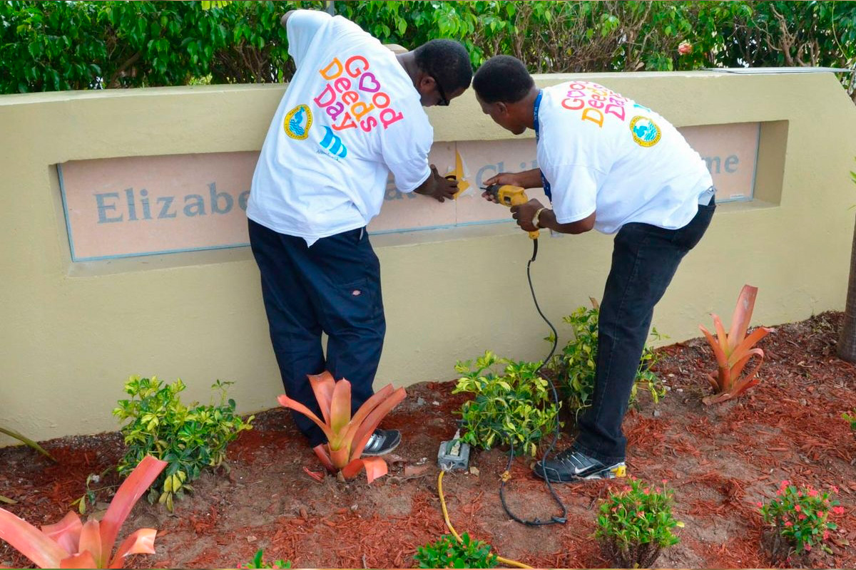 Volunteers renovate a children's home in Nassau, Bahamas (Good Deeds Day)