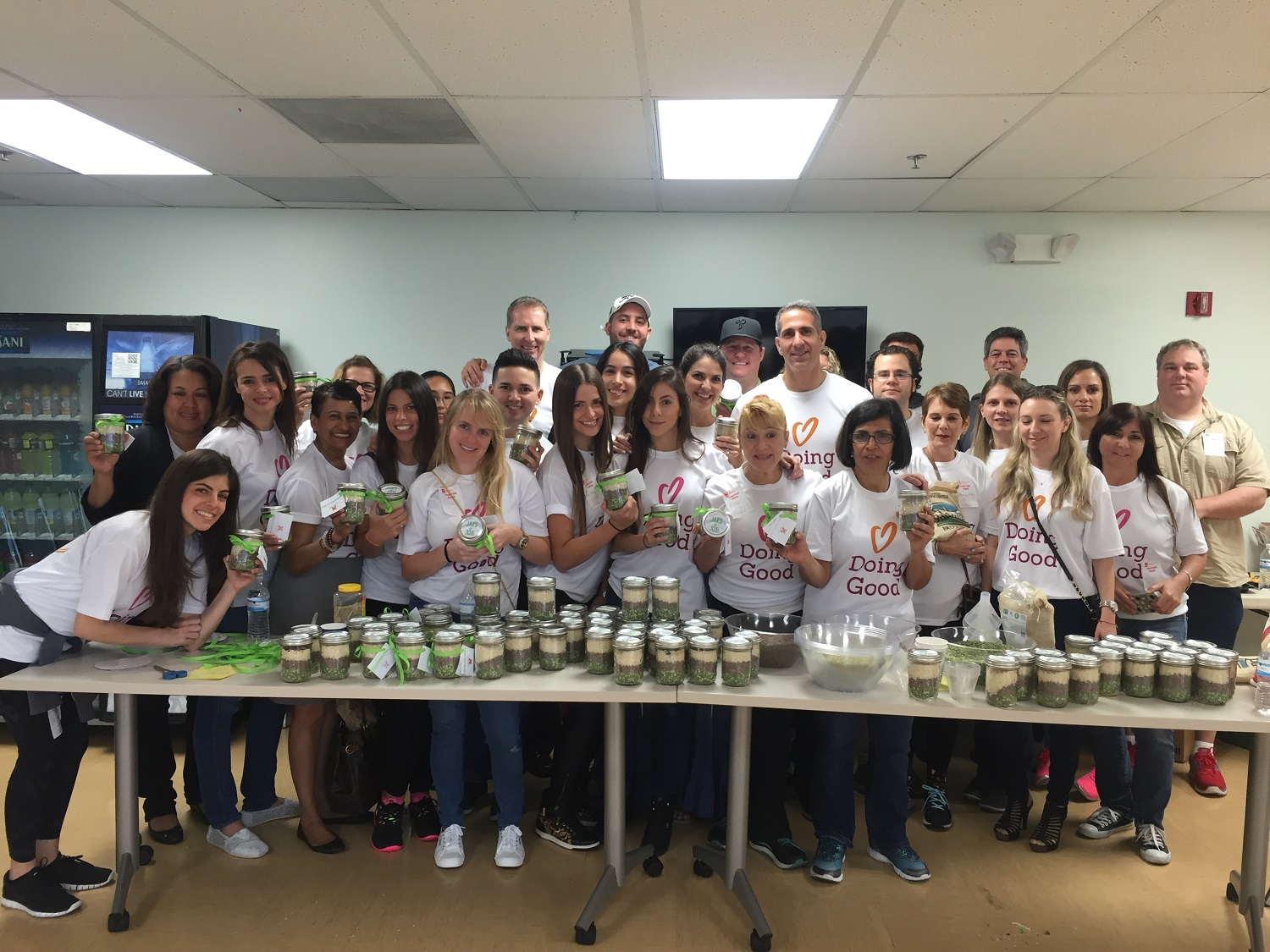 Northern Trust collects food and makes goodie jars for Good Deeds Day!